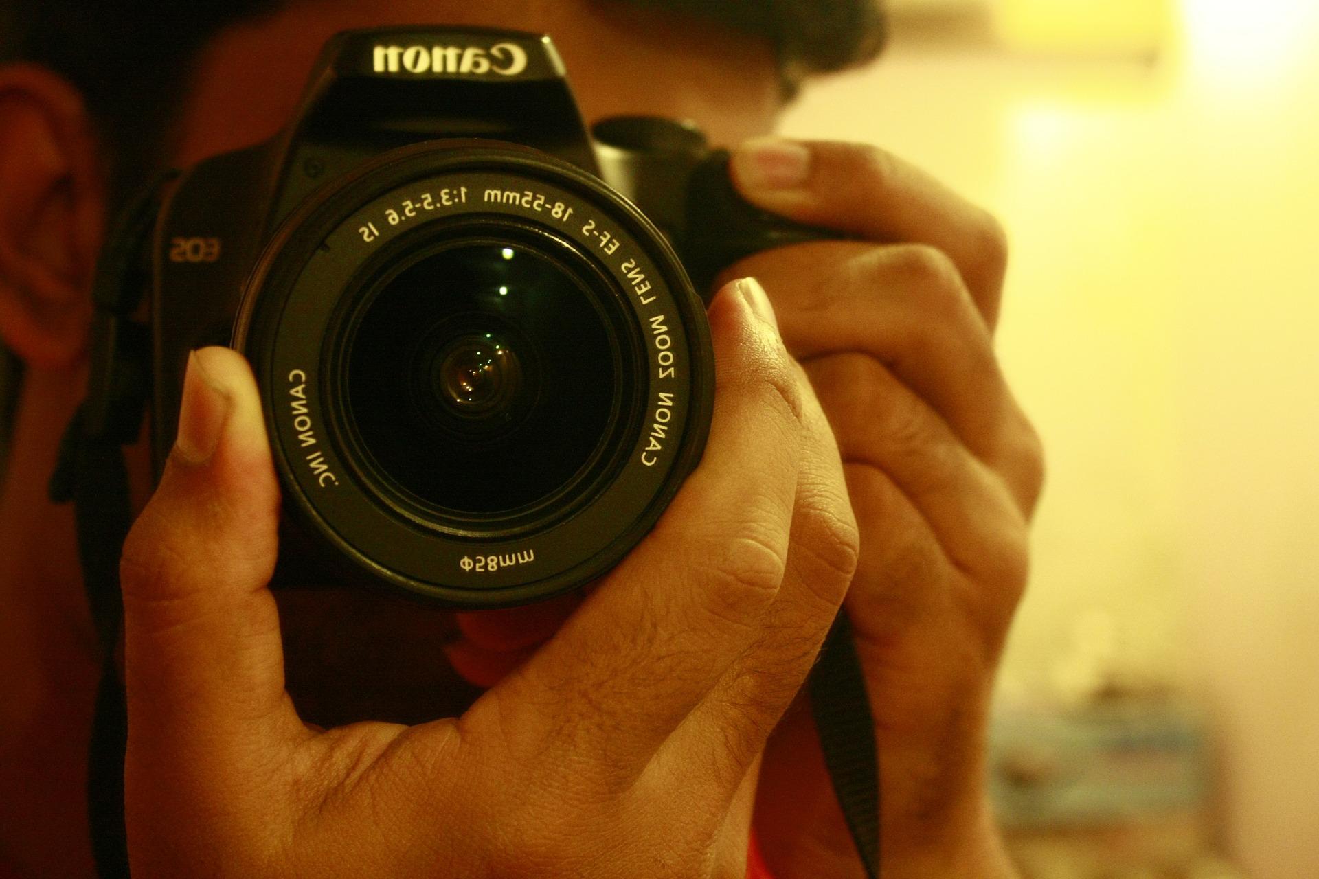 photographer-390527_1920