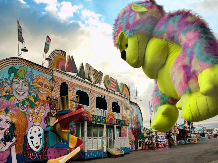 amusement-park-mandate