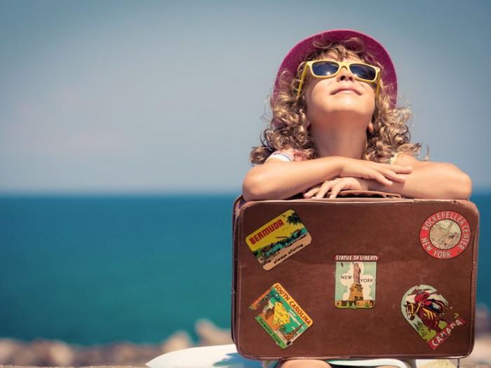 Travelling kid