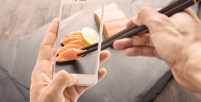 Mobile and food