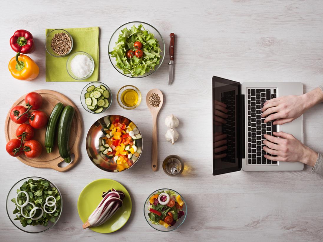 Evolution of Food Blogging beyond the typical social media