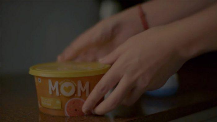 Mumbai Stops For MOM