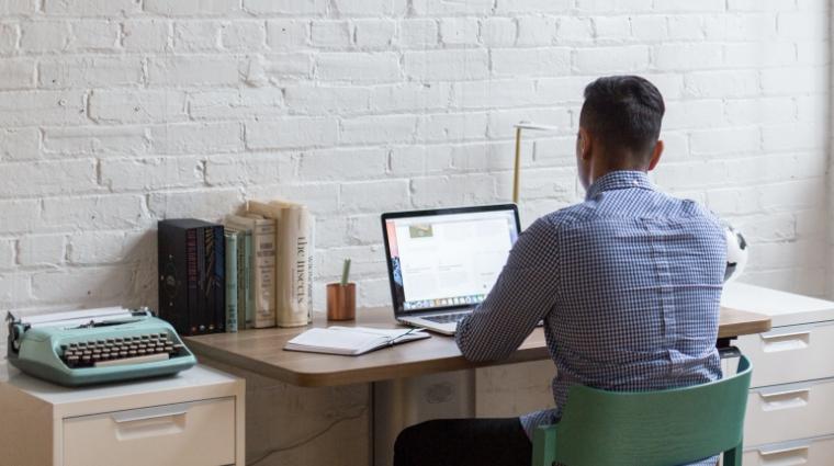 benefits of ultra-wide monitors