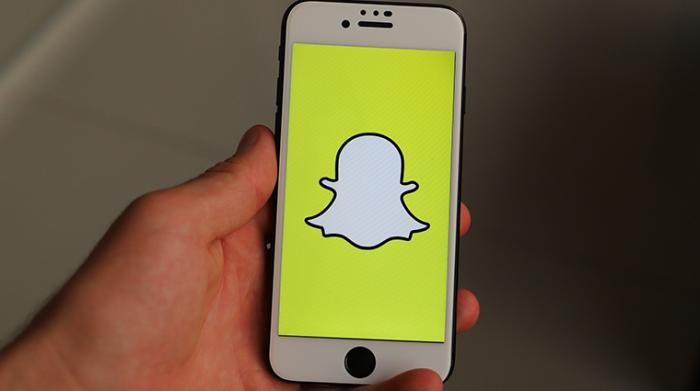 Snapchat, Snapchat stories